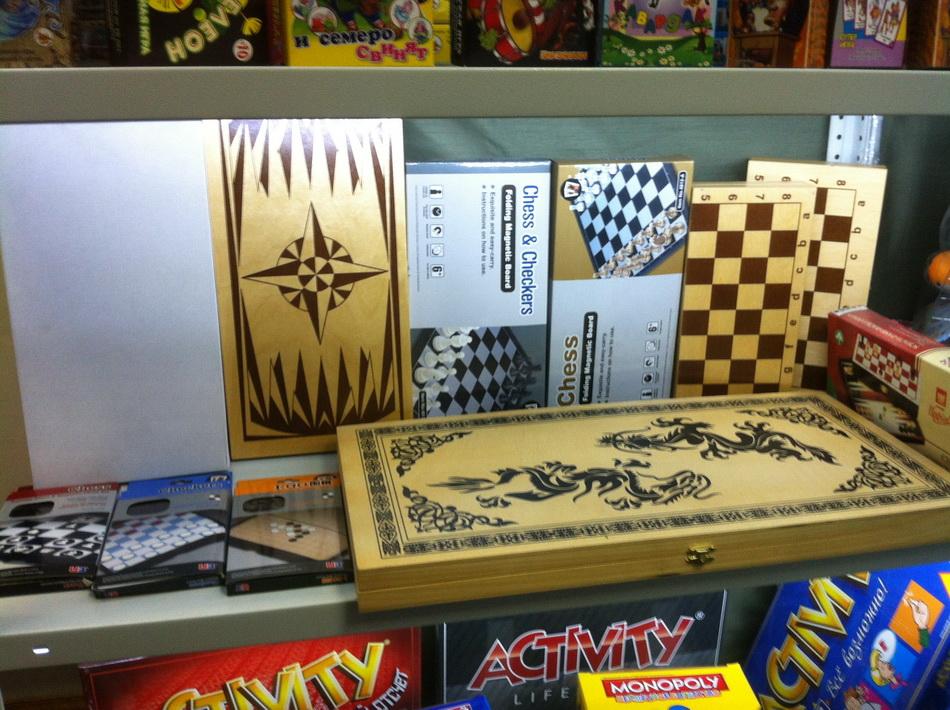 Фото склада наборов для покера 04