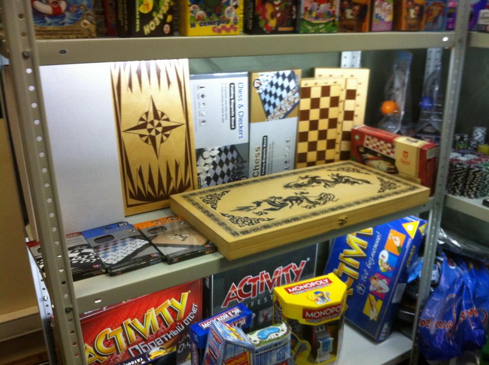 Фото склада покерных наборов 14