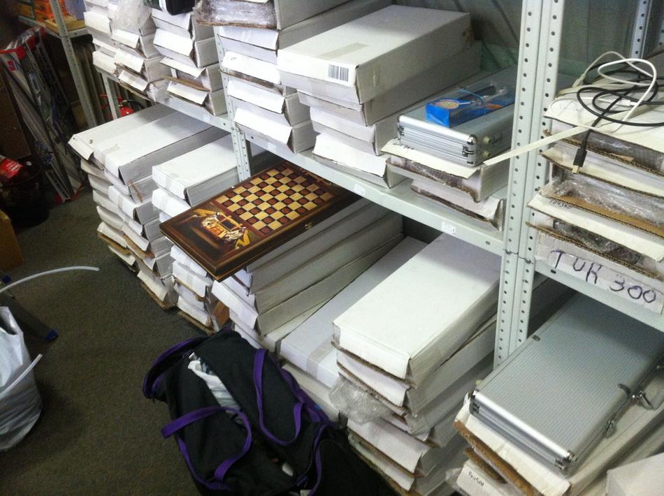 Фото склада покерных наборов 20